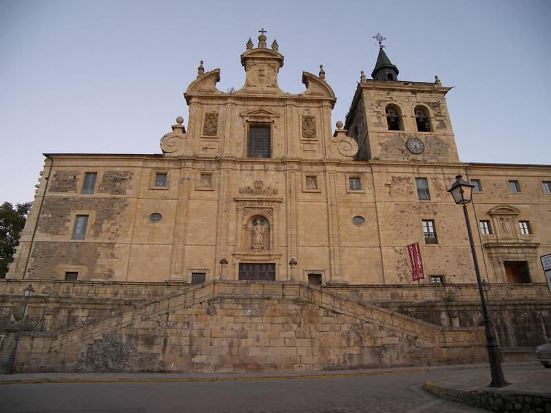 Iglesia-Villafranca_del_Bierzo-San_Nicolas_el_Real