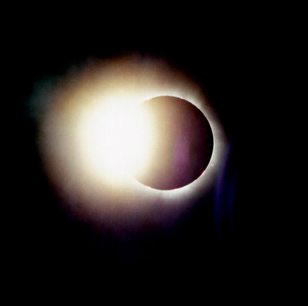 Total_solar_eclipse_1999